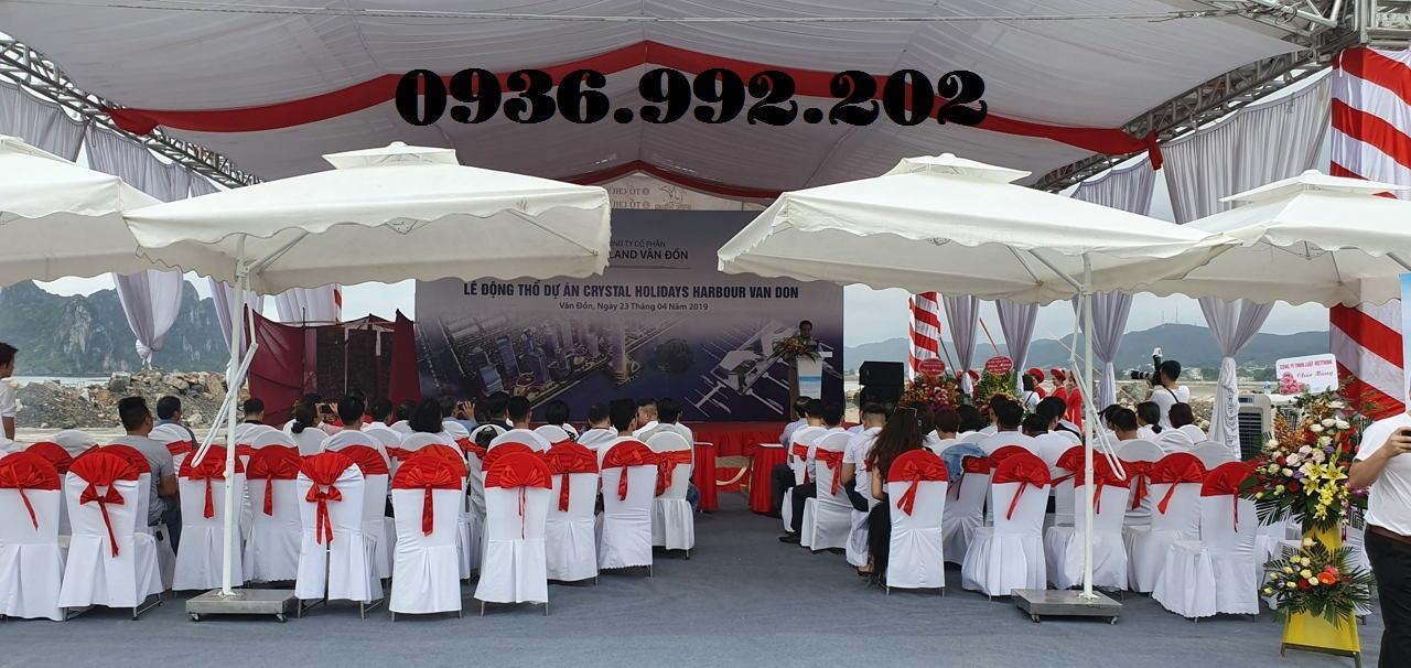 Chuẩn bị sân khấu đầy đủ và chuyên nghiệp để buổi lễ diễn ra thành công hơn