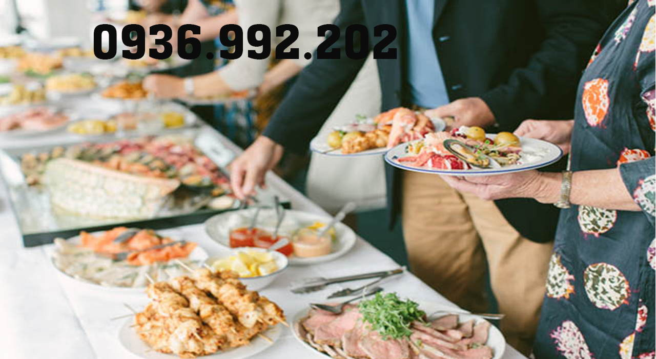 Tiệc buffet đã có mặt trên thế giới từ rất lâu trước khi vào Việt Nam