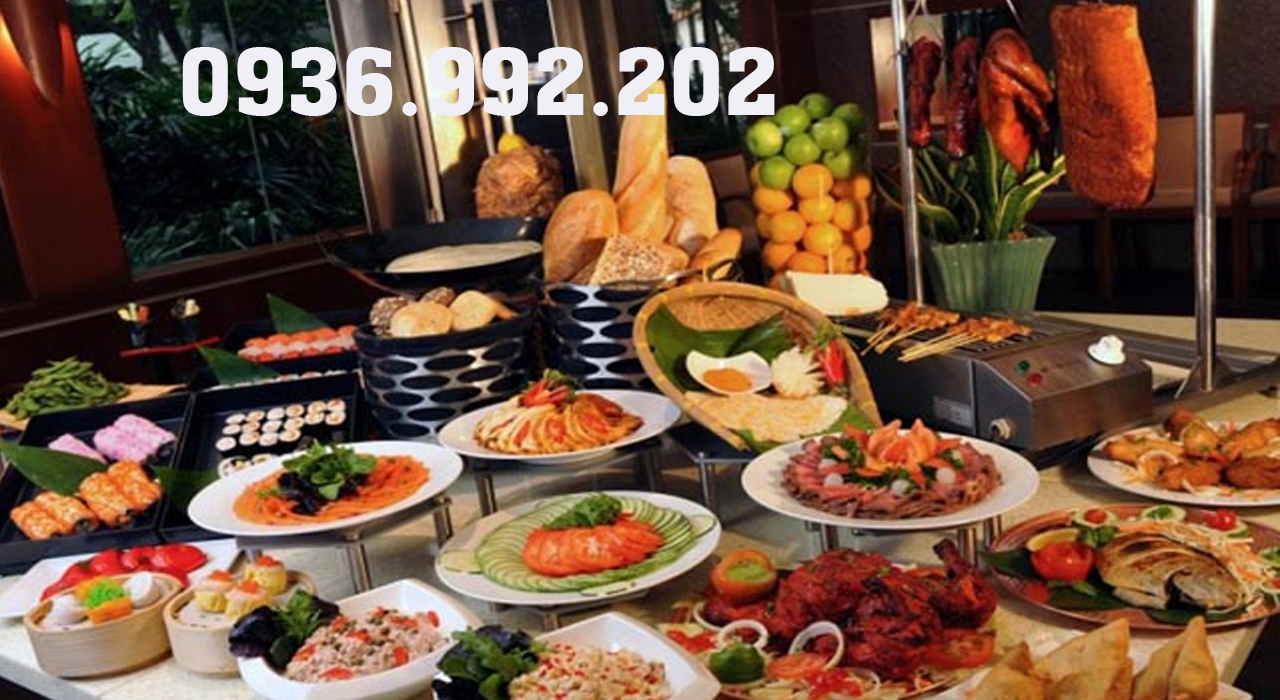 Thức ăn phải luôn được bổ sung ngay khi gần hết để khách sau có đồ dùng